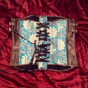 Other - NWOT beautiful lace up corset💋💋